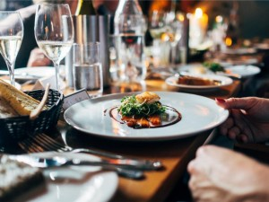 Improving Customer Service Experiences in Ontario's Hospitality Industry